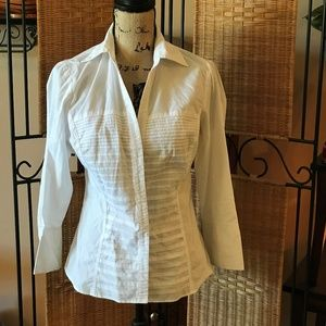 Signature by Larry Levine White Button Down Shirt